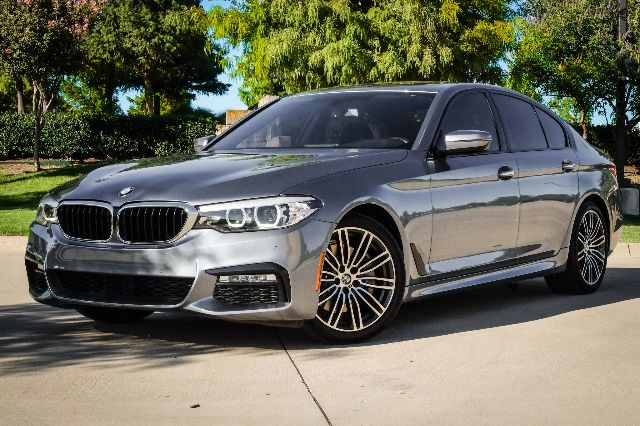 Pre-Owned 2017 BMW 5 Series RWD 530i LEATHER SEATS NAVIGATION BACK UP CAMERA SUNROOF PREMIUM PACKAGE
