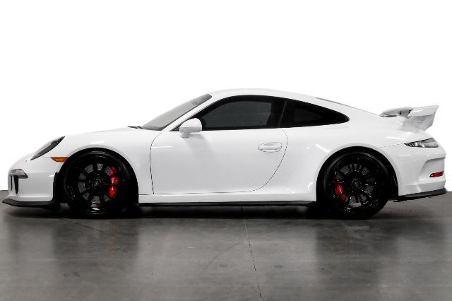 Pre-Owned 2015 Porsche 911 GT3 Black Gloss Wheels Black Leather w/ Red Stitching Extended Range Fuel Tank